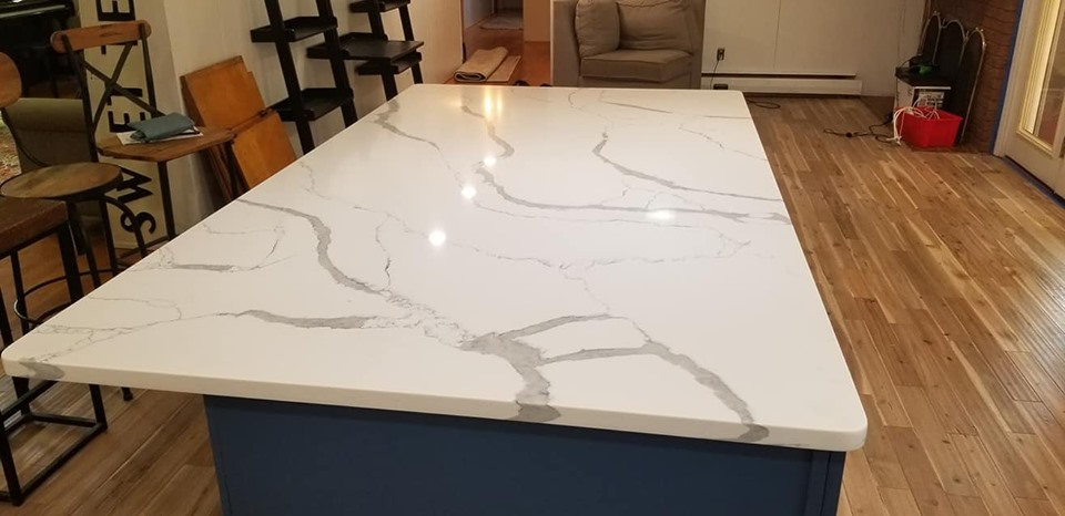 Calcatta Sponda Kitchen Island Quartz Slab