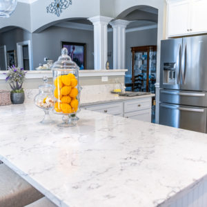 Arctic Ivory Quartz kitchen island close up